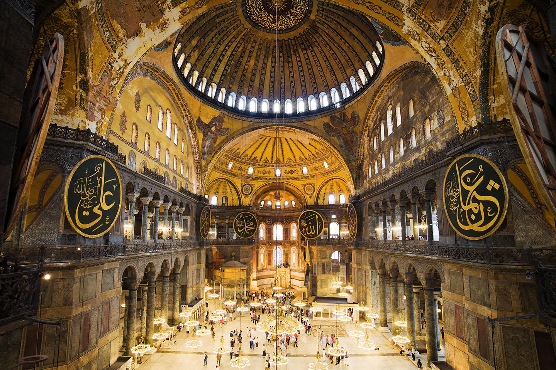 تکسیم یا سلطان احمد؟ کجای استانبول هتل بگیریم؟ - آفتاب تراول