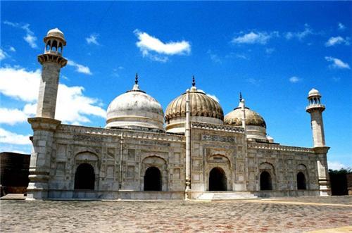 مسجد مروارید در کدام شهر هندوستان است