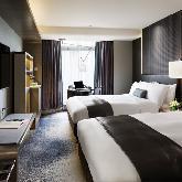 هتل رویال پلازا - Royal Plaza Hotel