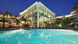 هتل پاین بای هالیدی ریزورت  - Pine Bay Holiday Resort