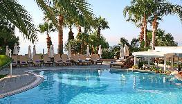 هتل ساحلی مدیترانه - Mediterranean Beach Hotel