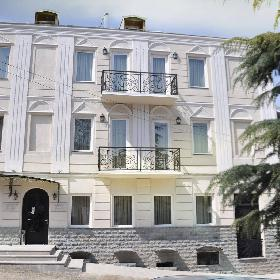 Hotel Shine on Rustaveli Avenue