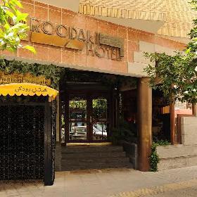 Roodaki Hotel