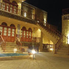 Forugh Traditional Hotel Shiraz