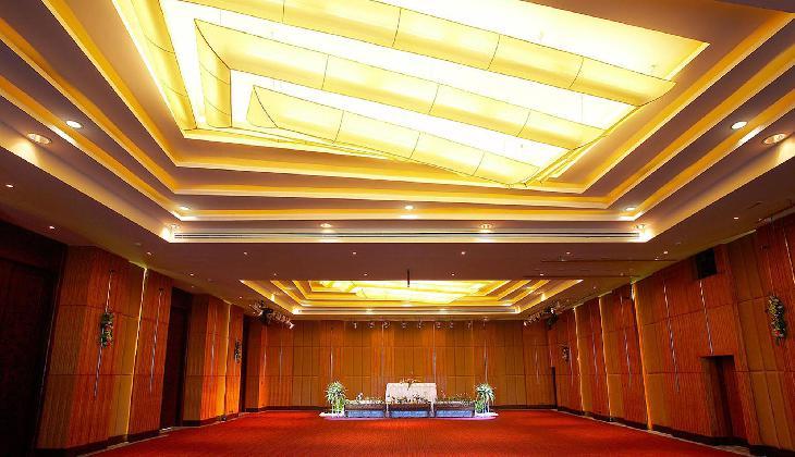 هتل نورا بوري سامويي