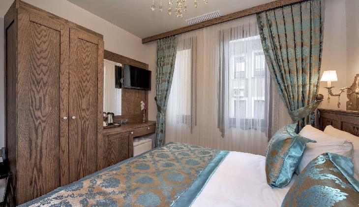 Perapolis Hotel