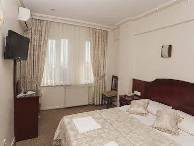 هتل گرند لیزا