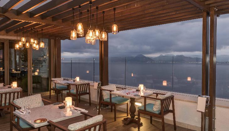 هتل آکرا باروت