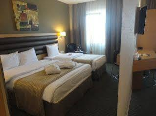 هتل ریوا تکسیم