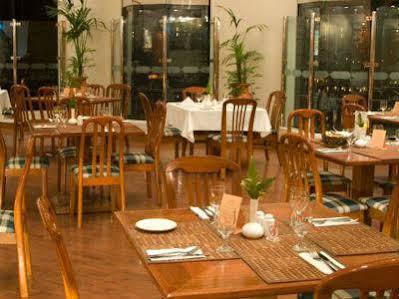 هتل آواری دبی