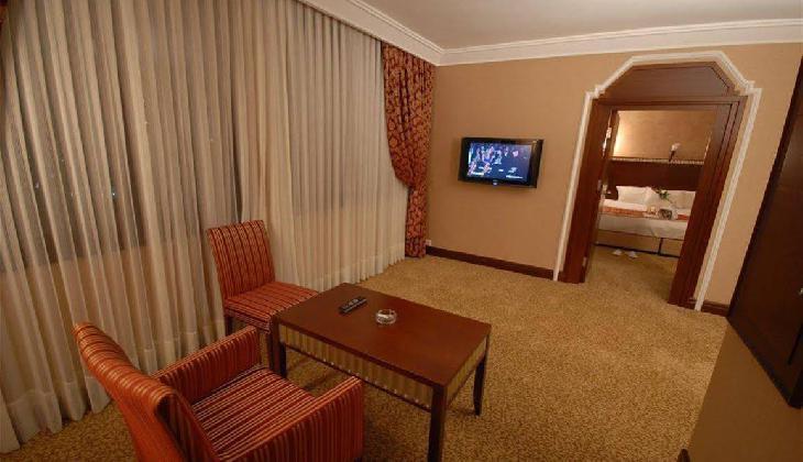 هتل نوا پلازا کریستال