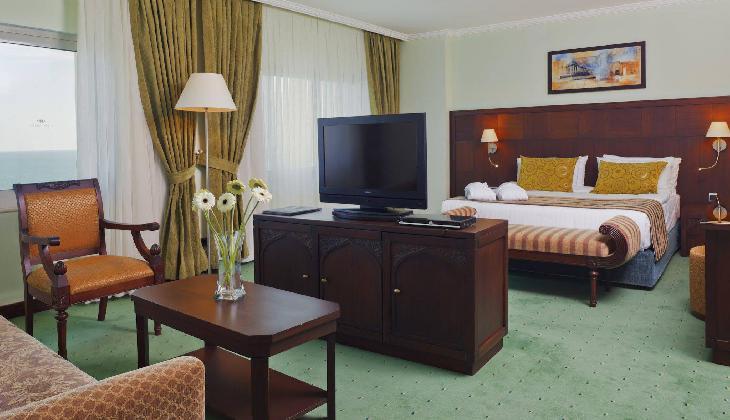 هتل کرون پلازا آنتالیا