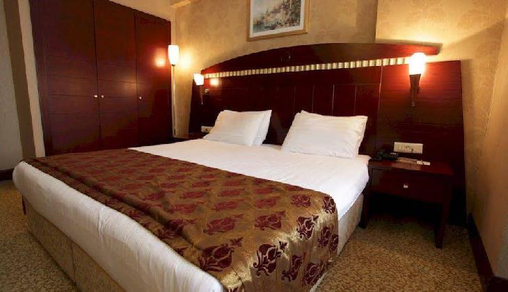 گلدن پارک هتل