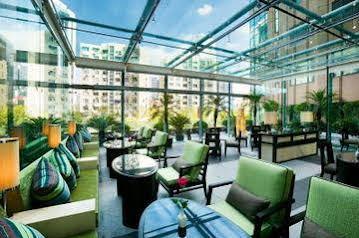 هتل رگال اینترنشنال ایست آسیا
